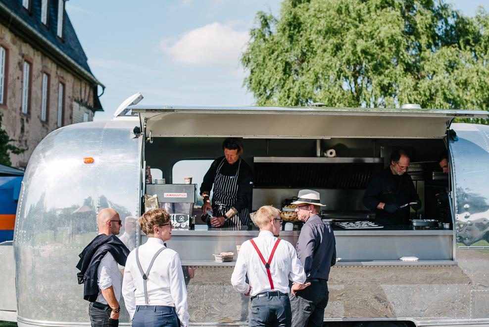 kaffeewagen mobiles catering frankfurt sommerhochzeit
