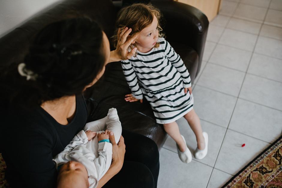 echte familienmomente frankfurt familienfotografie homestory