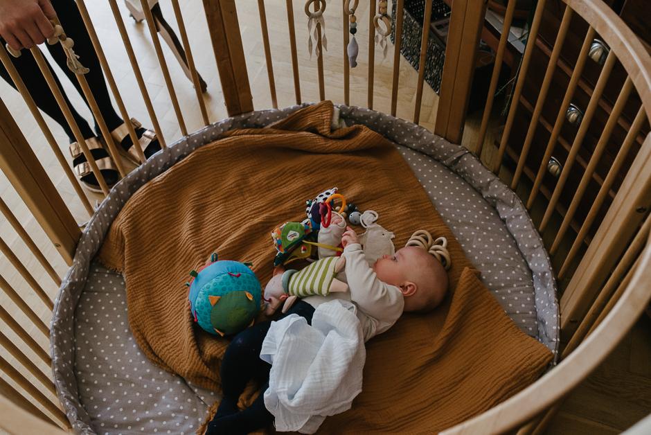 dokumentarische familienfotografie mit baby leipzig
